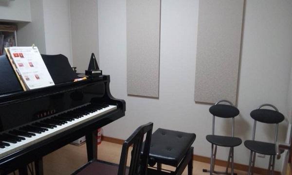 C3のグランドピアノがあります。