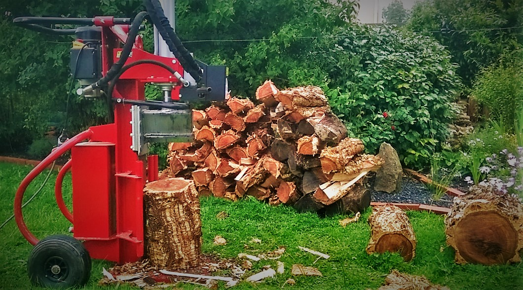 Débitage et fendage de bois
