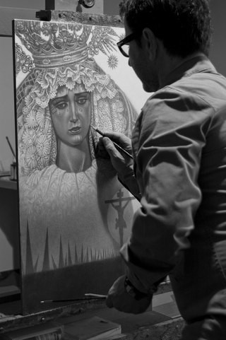 Paco pintando