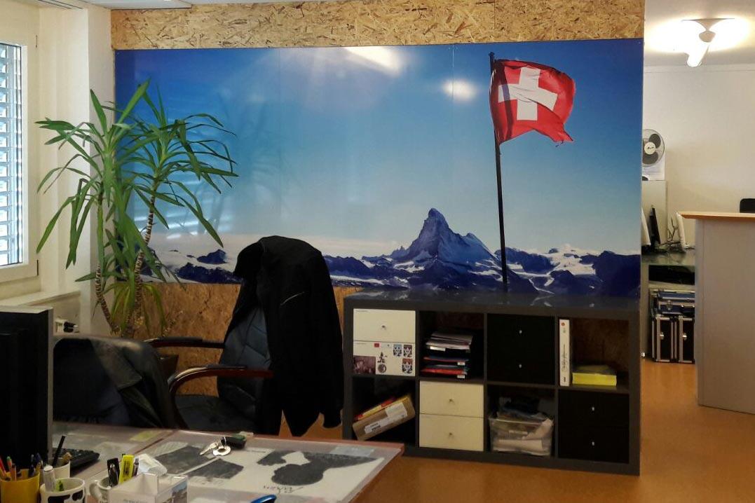 Bedruckte Tafel als Wandbild für Swiss Local Travel, Sursee
