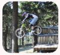 Fahrradfahrer im Harz auf Schanze