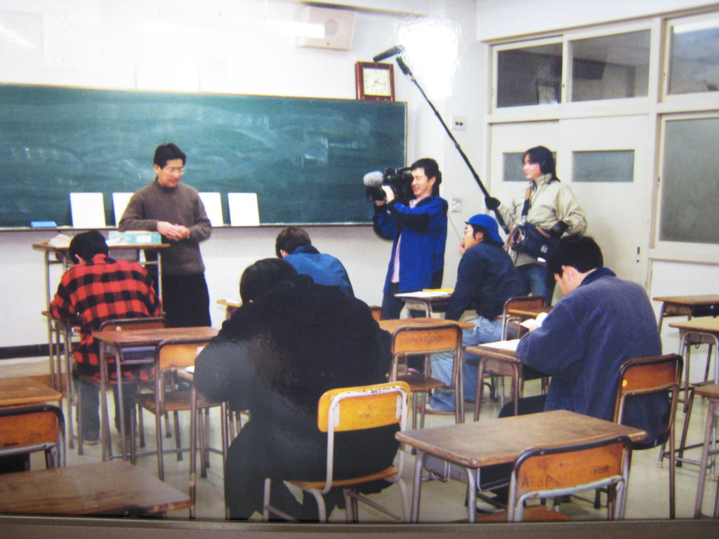NHKテレビ取材「卒業のうた 神戸工高・青春の短歌」 00・5・4