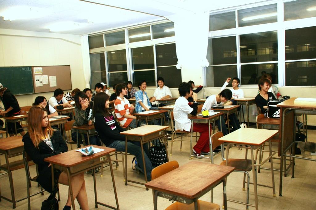 明るい教室 09.10