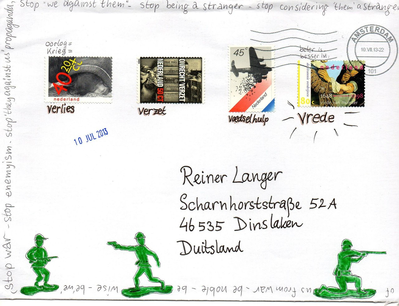 "Eingehende MAIL - ART Projekt AGAINST "" WAR "" by Reiner Langer   von Heleen de Vaan , Holland"
