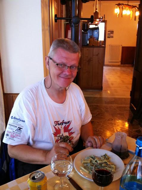 Die besten Kräuter-Raviolis gibt es am Colle Melosa. Sie schmecken noch besser nach einer Schottertour :-)