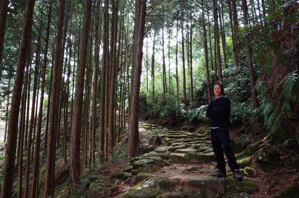 波田須町には世界遺産熊野古道の一部が通っています。