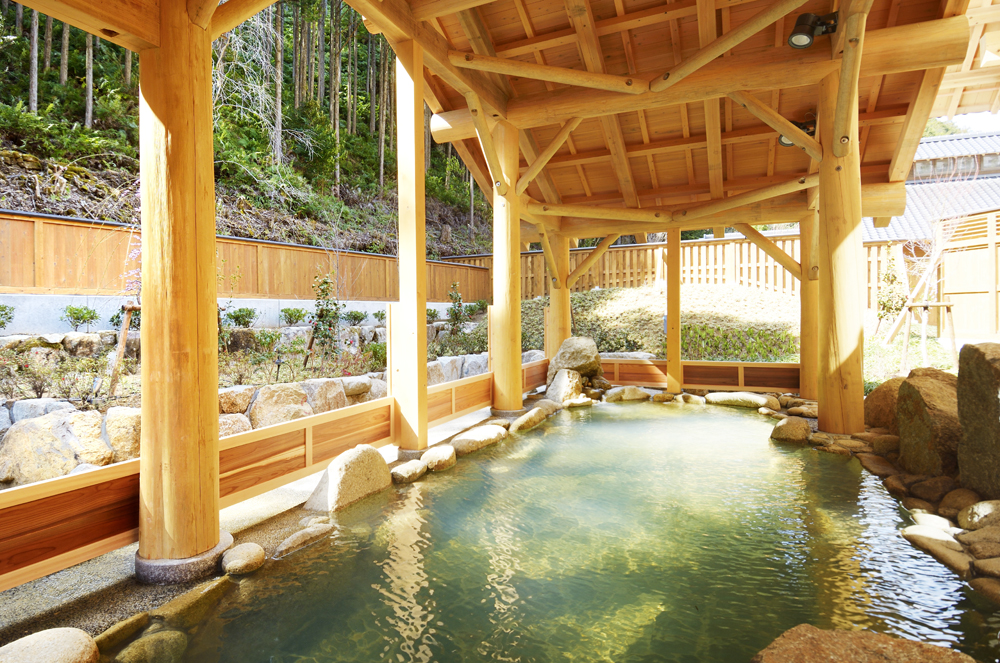 湯ノ口温泉です。山奥にあり、熊野の秘湯として地域内外の方に親しまれています。