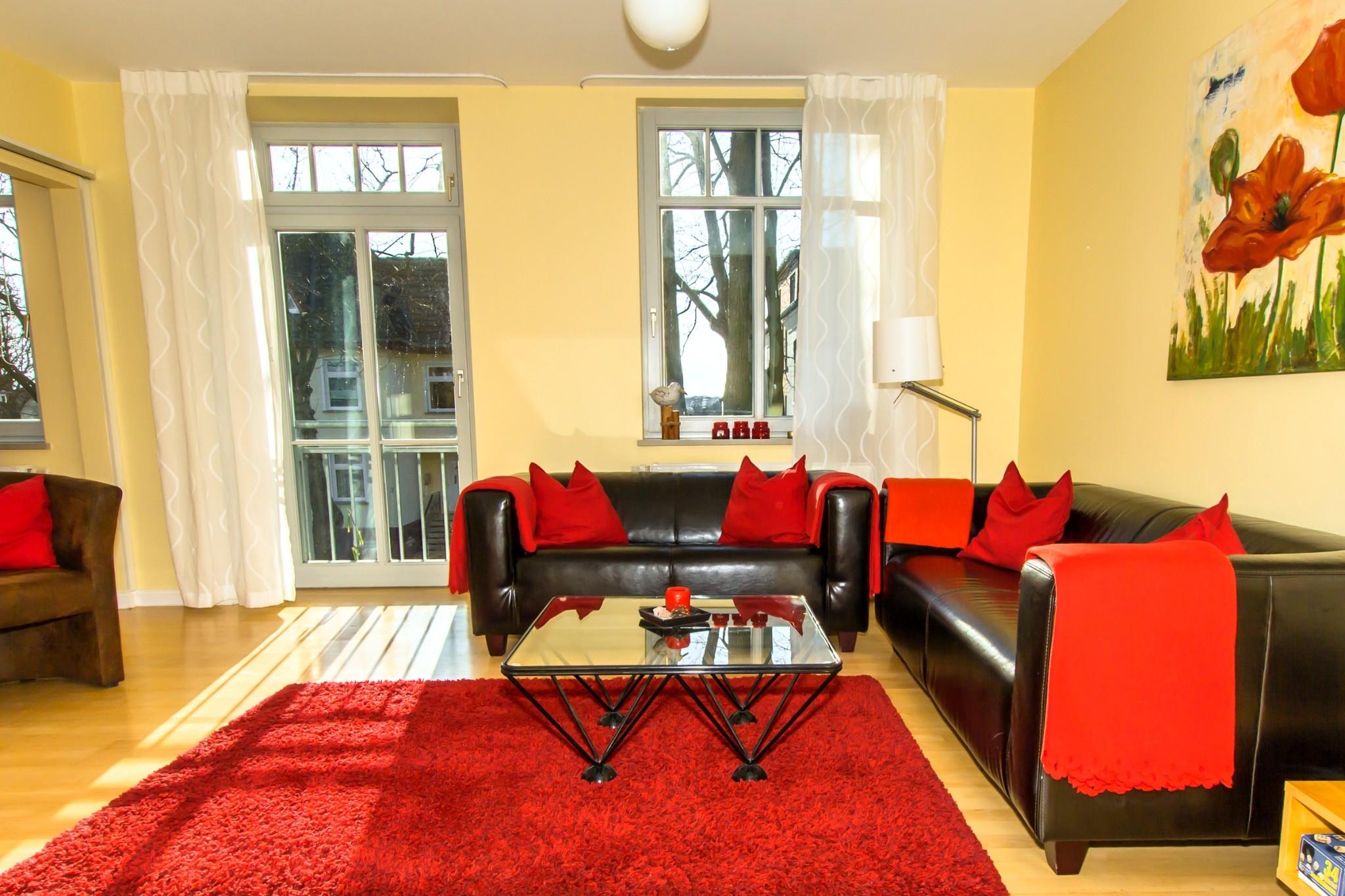 das gemütliche und komfortable Wohnzimmer ...