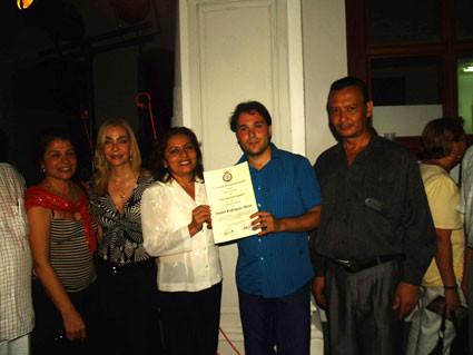 Nombramiento de visitante distinguido en Granada (Nicaragua)