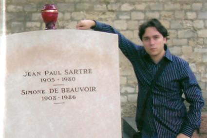 En la tumba de Sartre