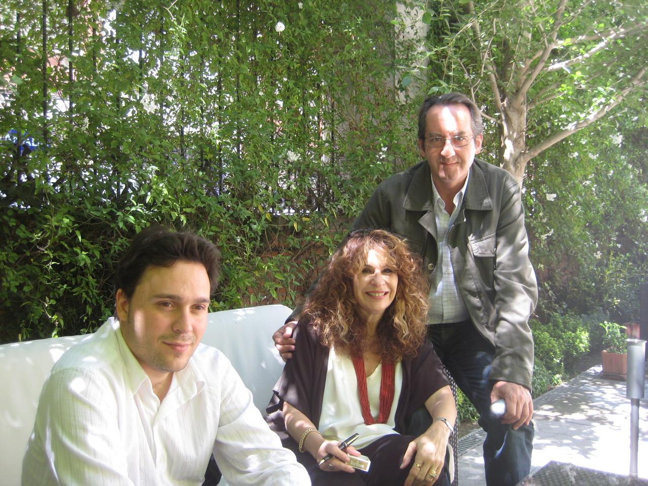Con Gioconda Belli y Javier Bozalongo.