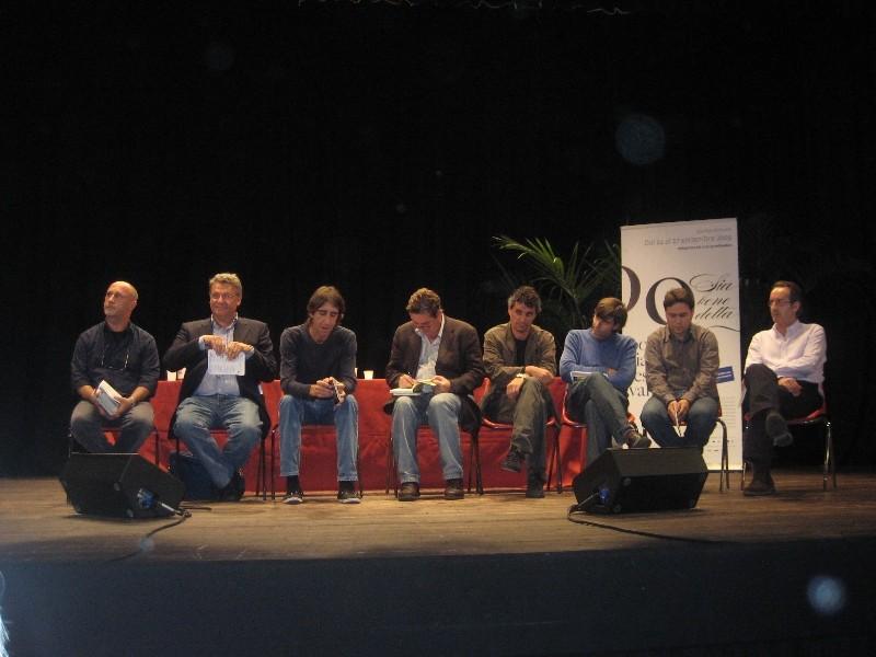 En Módena, con Benjamín Prado, Luis García Montero, Javier Bozalongo, Fernando Valverde, Alberto Bertoni y Giancarlo Sissa.