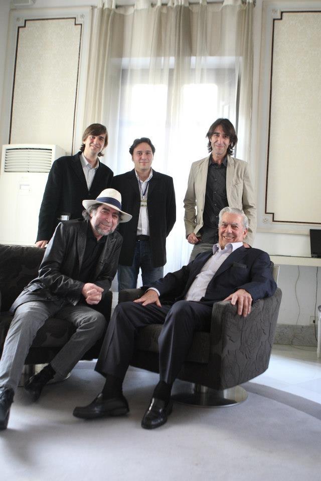 Con Mario Vargas Llosa, Joaquín Sabina, Benjamín Prado y Fernando Valverde.