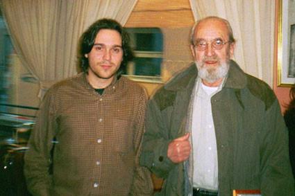Con Ángel González