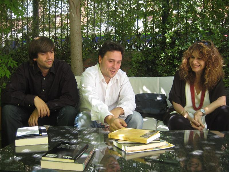 Con Gioconda Belli y Fernando Valverde.