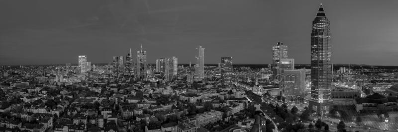 Skyline Frankfurt Panoramafotos in Schwarzweiß 40