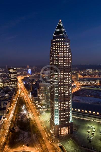 Skyline Frankfurt im Hochformat 17