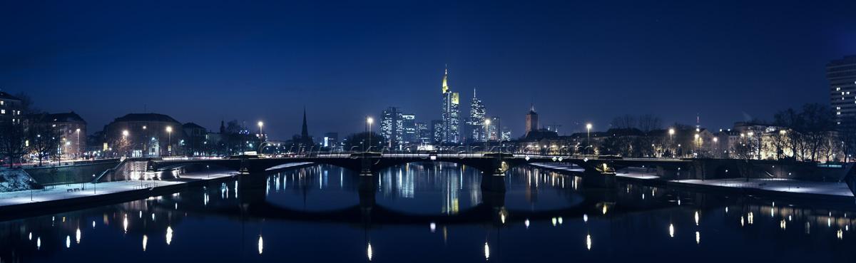 skyline-frankfurt-3-schnee