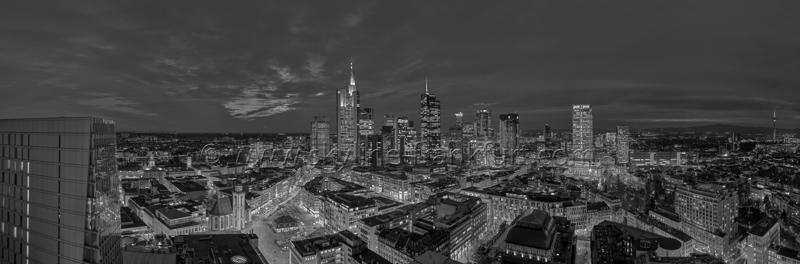Skyline Frankfurt Panoramafotos in Schwarzweiß 07