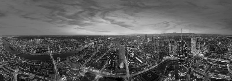 Skyline Frankfurt Panoramafotos in Schwarzweiß 54