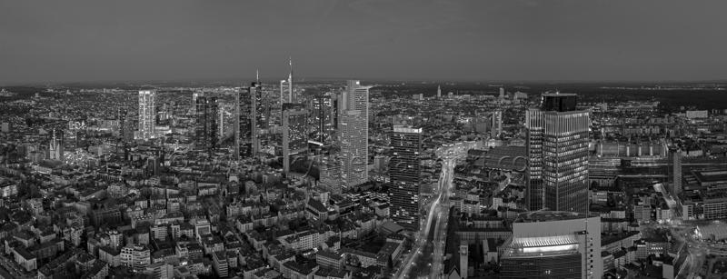 Skyline Frankfurt Panoramafotos in Schwarzweiß 42