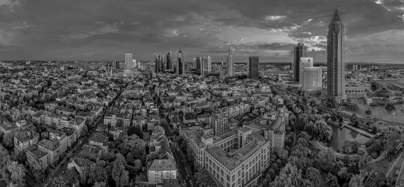 Skyline Frankfurt Panoramafotos in Schwarzweiß 36