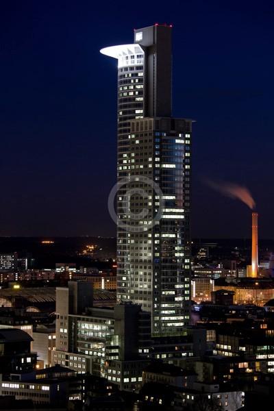 Skyline Frankfurt im Hochformat 13