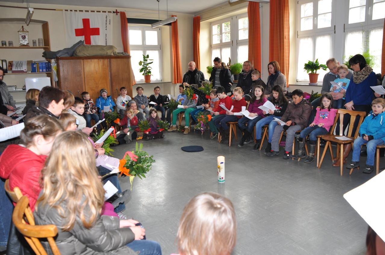 Kinderkirche Palmsonntag 2013 (Bild von Elke Kraus)