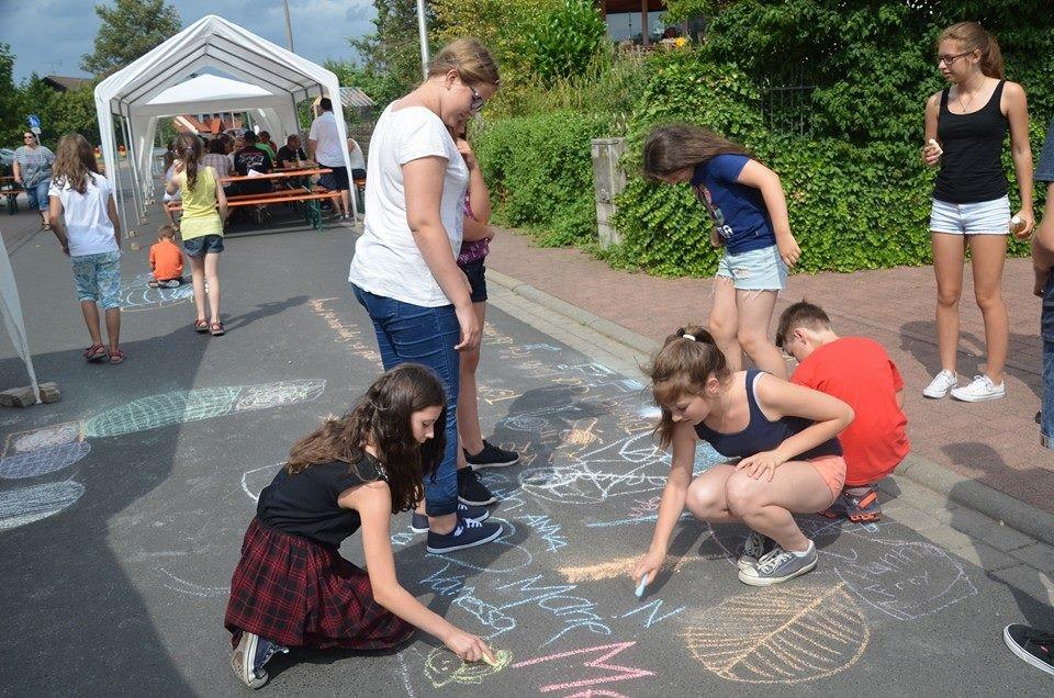 Spielstraße: Straßenmalkreide