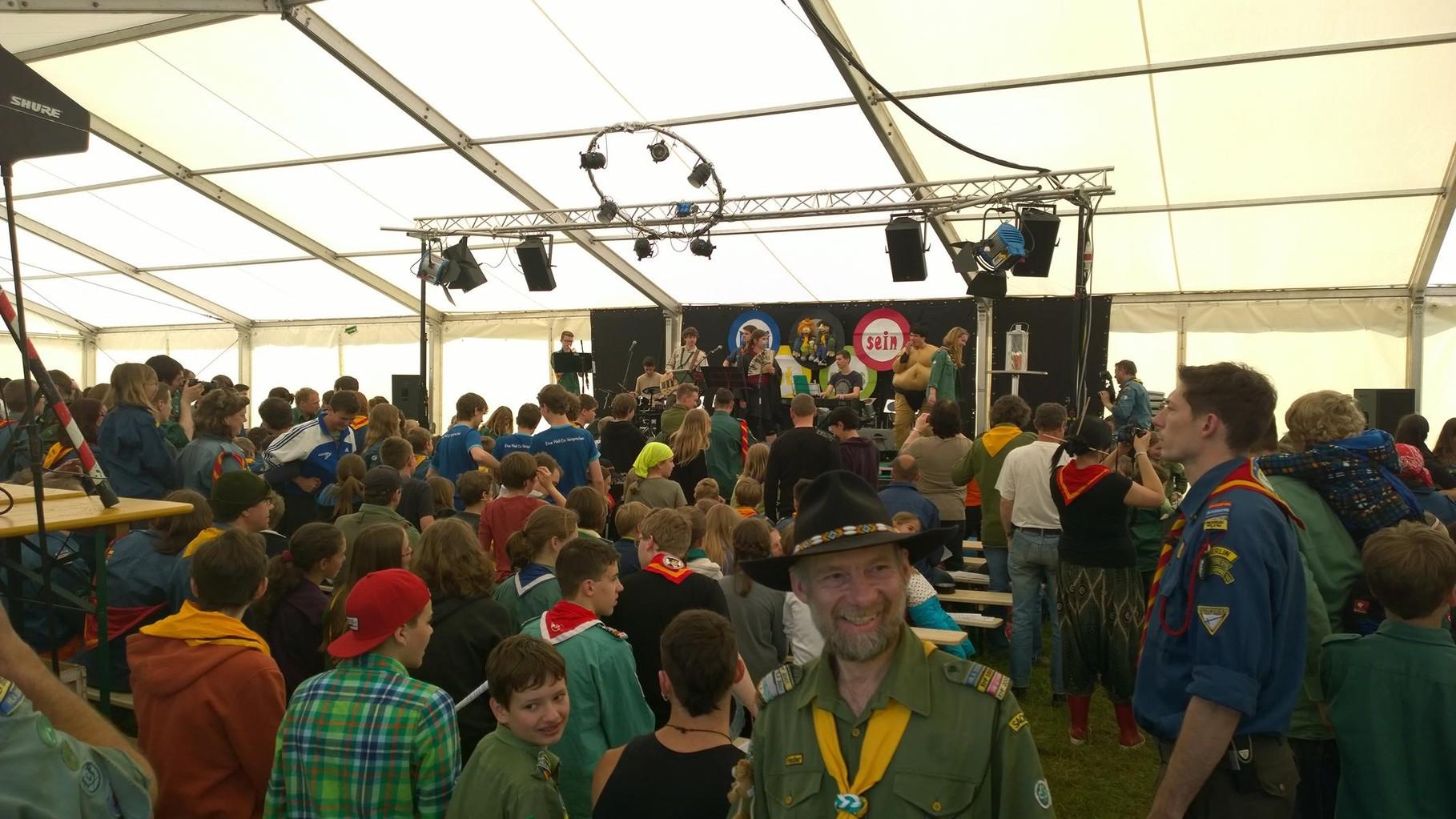 Himmelfahrtslager am Mondsee - Veranstaltung im Großzelt