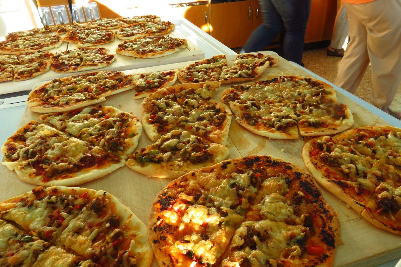 Pizza mit Rindfleisch