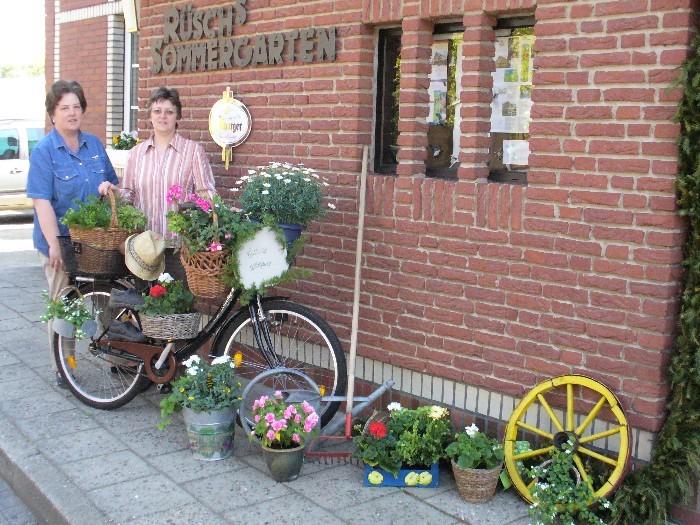 Zur Begrüßung das Fahrrad der Landfrauen