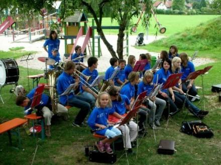 """Beim """"Wuliantenrennen"""" spielen die Jungmusiker!"""