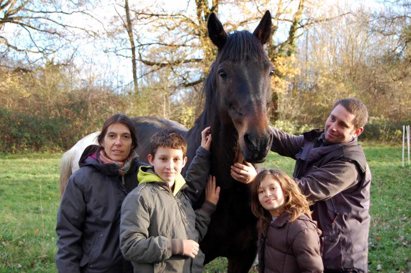 Hello Barbes, adopté par Nathalie et sa famille en 2010