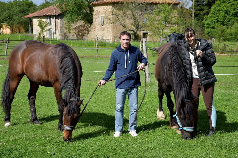 Bichon de Liberté et Rella, adoptés par Pascal et Eva en 2017