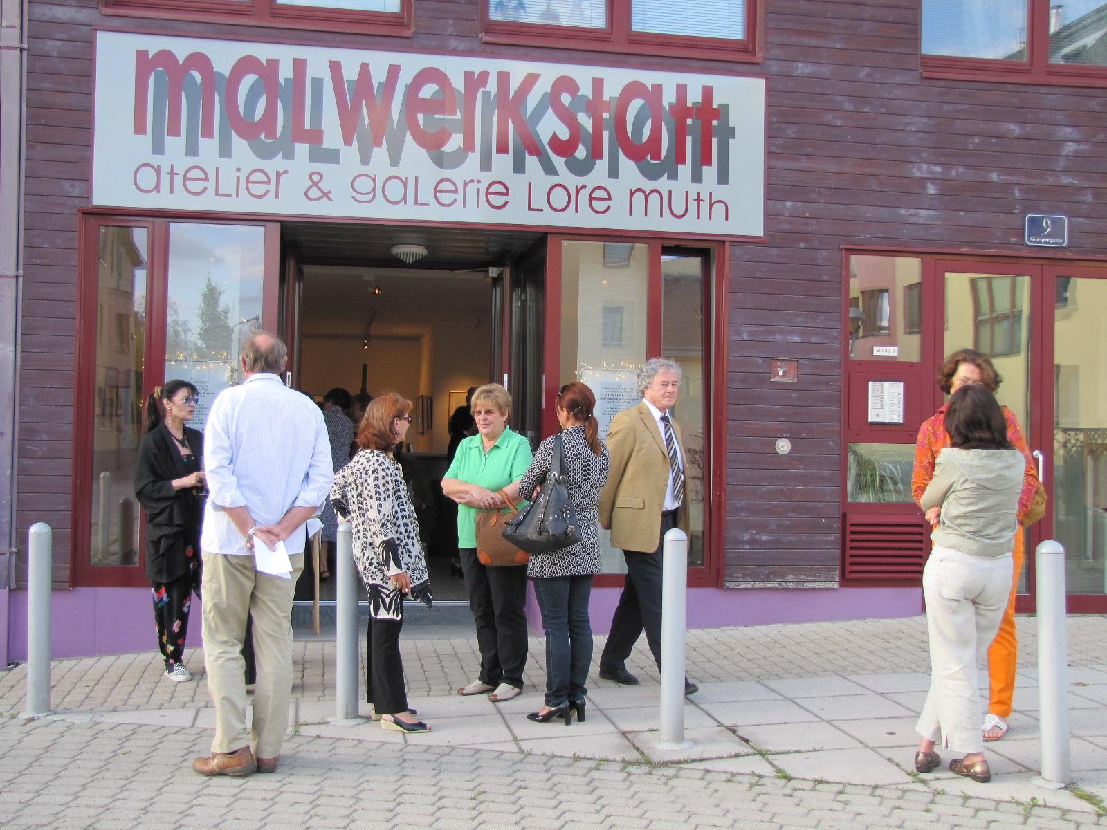"""... vor der Galerie """"maLwerKstatt"""""""