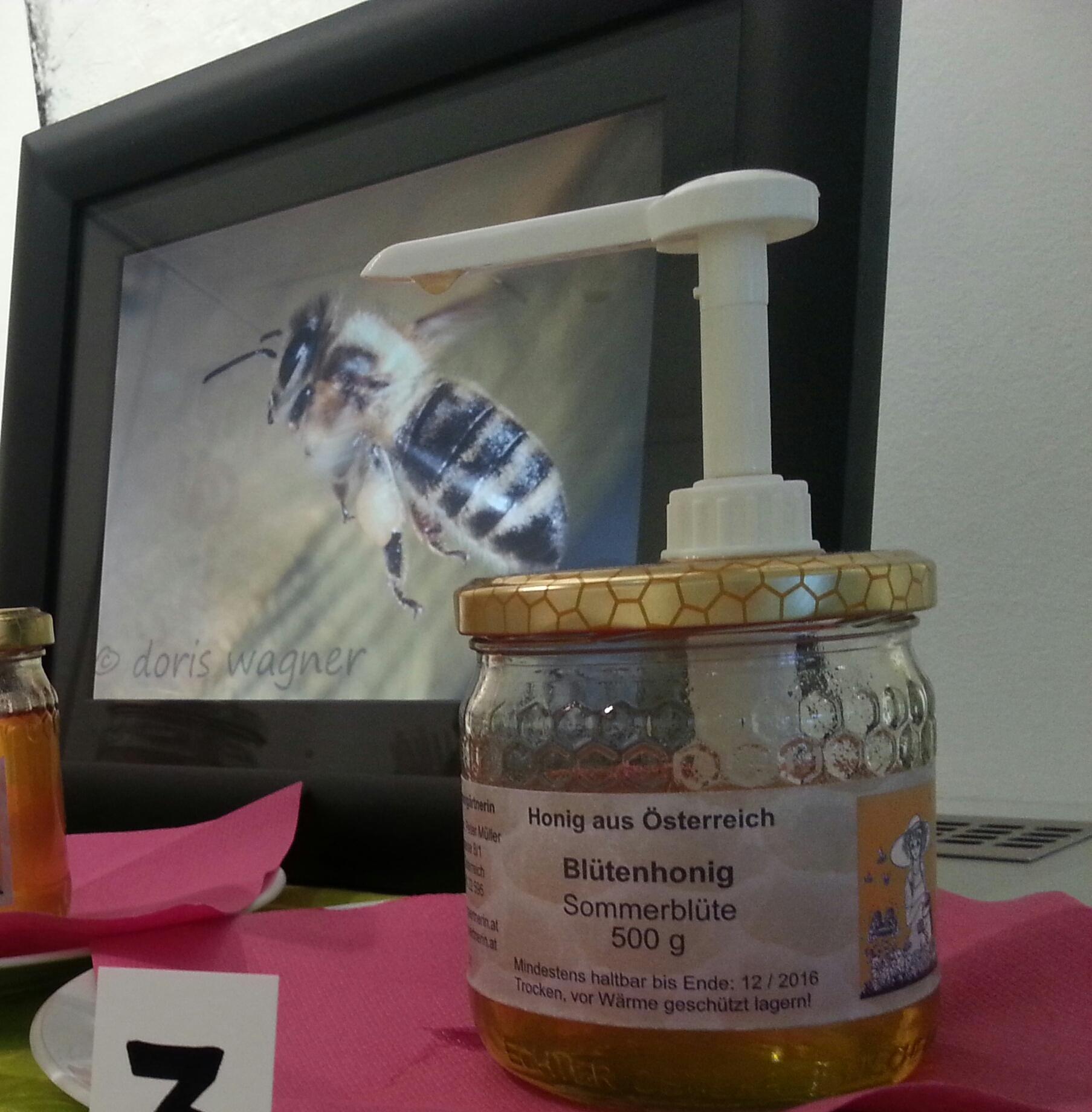 """Honig von der """"Bienengärtnerin"""""""