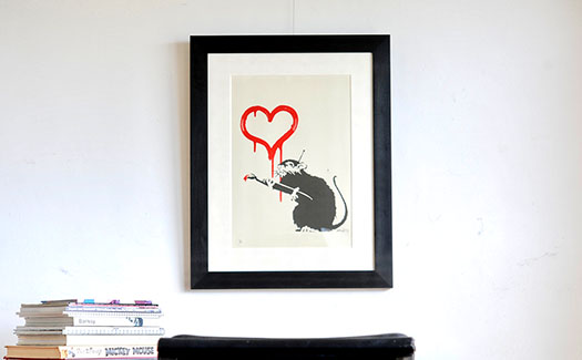 Banksy(バンクシー)直筆サイン画像あり。LOVE RATを額装しました。