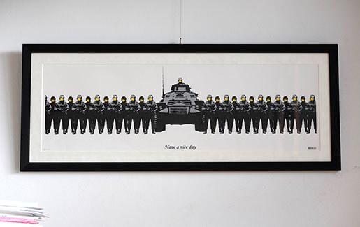 【必見】Banksyの67枚限定のHave a nice dayの額装