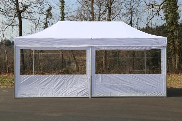 Zelt mit Seitenwände
