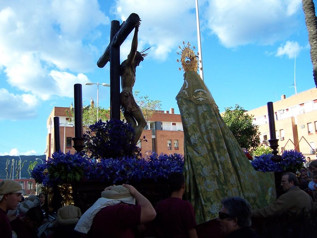 Giro paso misterio en la salida procesional de 2012