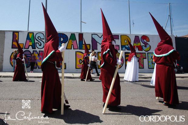 Nazarenos recorrido Semana Santa 2014
