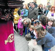 Maniobra de salida Interior del Templo. Semana Santa de 2012