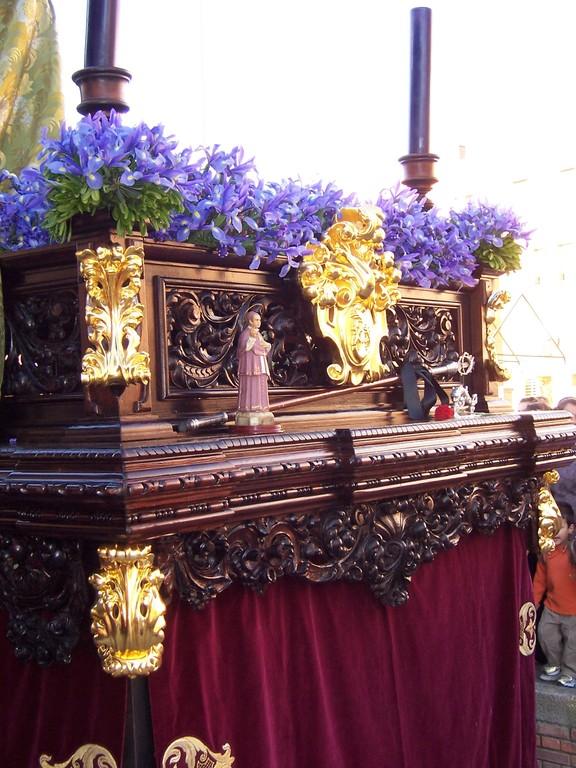 Frontal del Paso tallado por Castillo Ariza año 2009