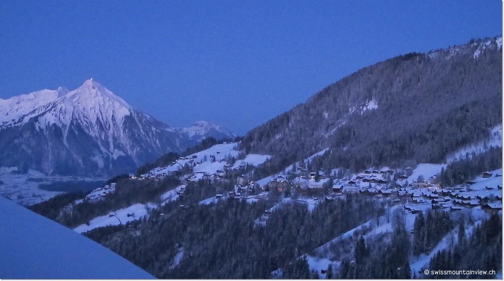 Am andern Morgen erwartet uns Prachswetter - die blaue Stunde - ....