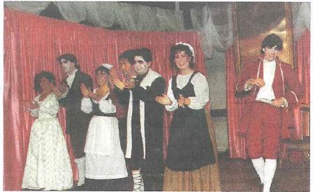 Final de la obra 'El médico a palos' (1986)