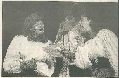 REPRESENTACIÓN. El grupo Kilkarrak, durante su actuación. (Foto: Marian Trébol)