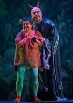Imagen de una de las escenas representadas por el grupo de teatro Kilkarrak de Estella. (Foto: Cedida a Baluarte)