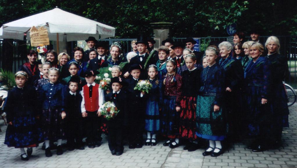 2002 Hochzeitsgesellschaft bei der Erlanger 1000-Jahr Feier