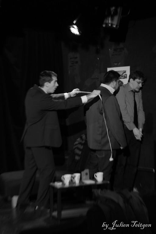 Philibert, Régis et le croque-mort...